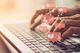 Közösségi média és a praxis