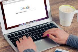 A praxis az online térben